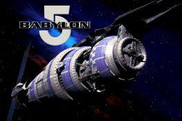 Bild der Raumstation Babylon 5 mit Logo des Spiels
